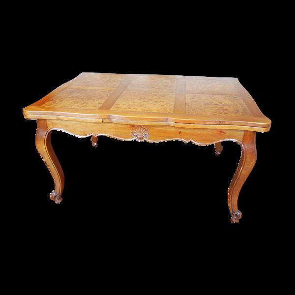 Table style Louis XV avec deux allonges à l'italienne en bois massif