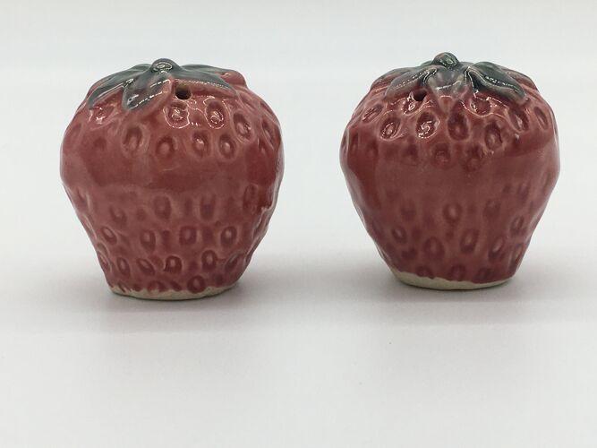 Paire de salière et poivrière