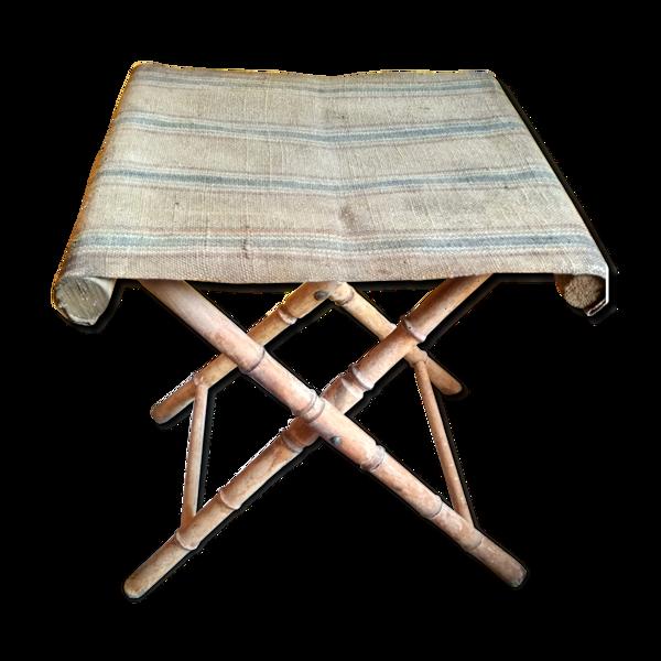 Tabouret pliant en bois faux bambou et toile rustique rayée