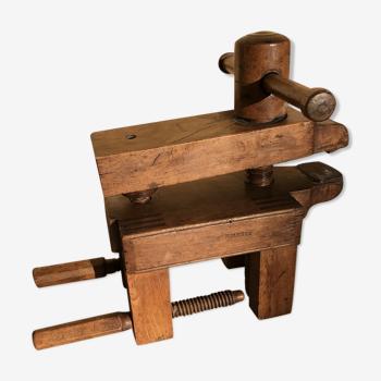 Ancien serre joint  en bois massif