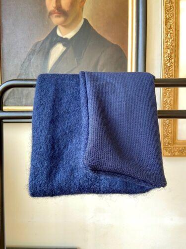 Coussin en natté de laine et laine bouillie 40 cm