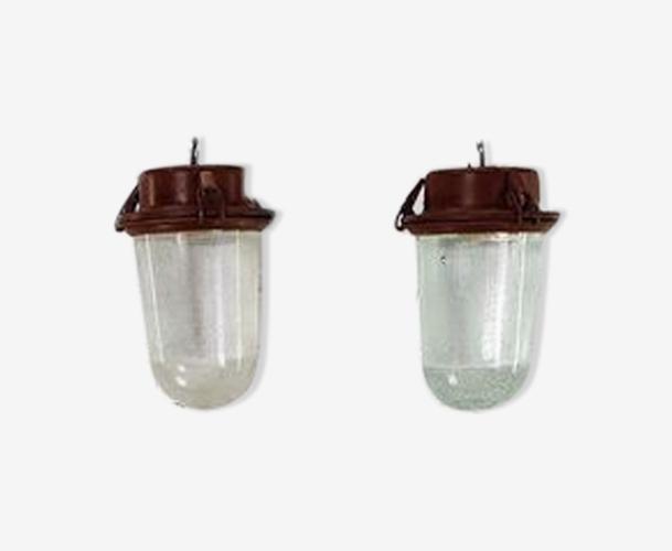 Paire de suspensions vintage en acier et en verre, type industriel, provenant de Russie