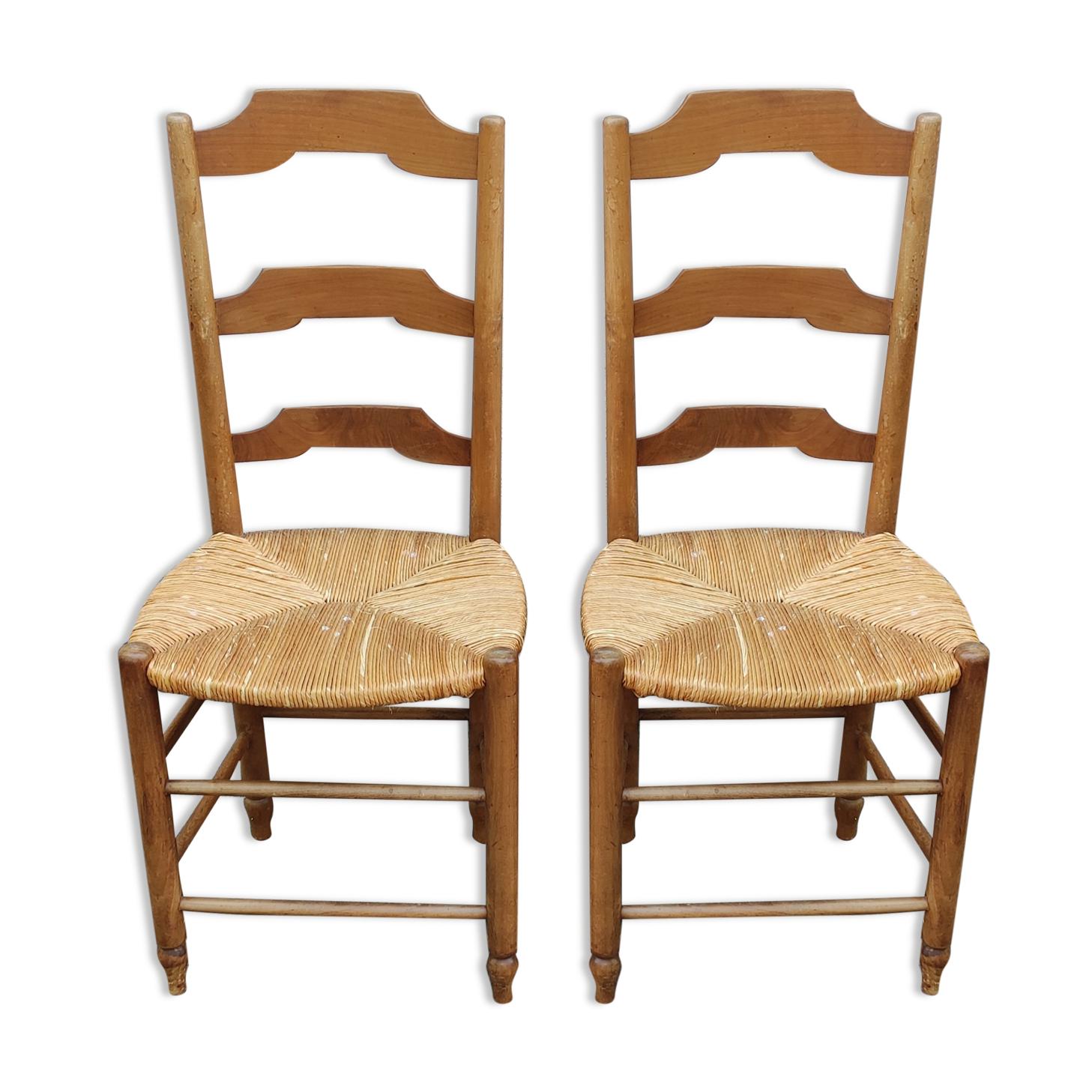 Paire de chaises paillées vintage en merisier