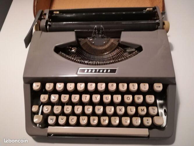 Machine à écrire Brother vintage 60 70 ruban neuf