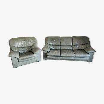 Canapé et fauteuil en cuir vert