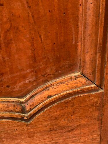 Paire de portes d armoire