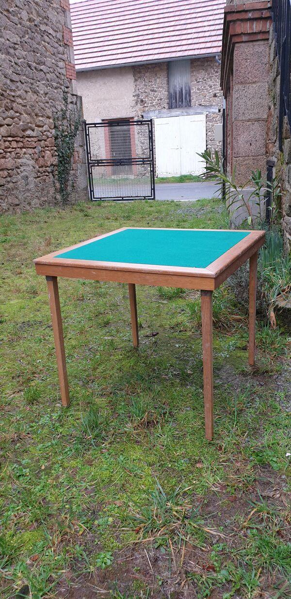 Table de jeu  pliante en bois Meblutil