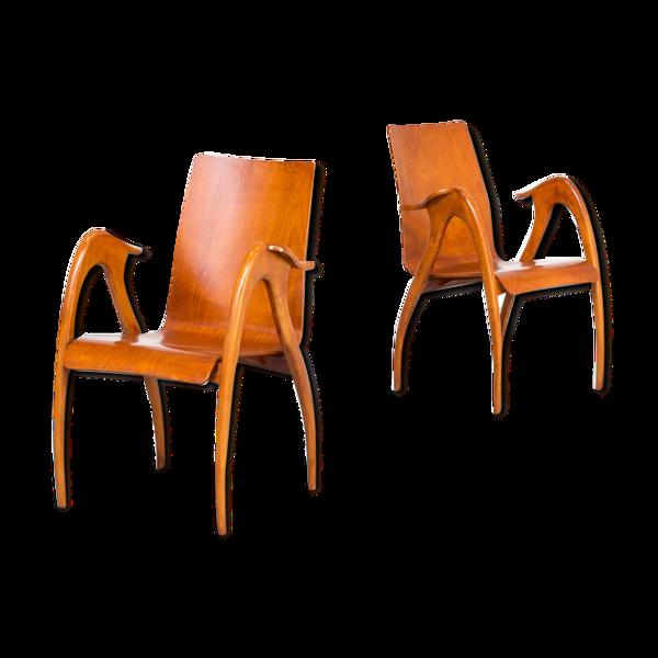 Paire de fauteuils sculpturaux des années 50 en noyer pour Malatesta et Mason