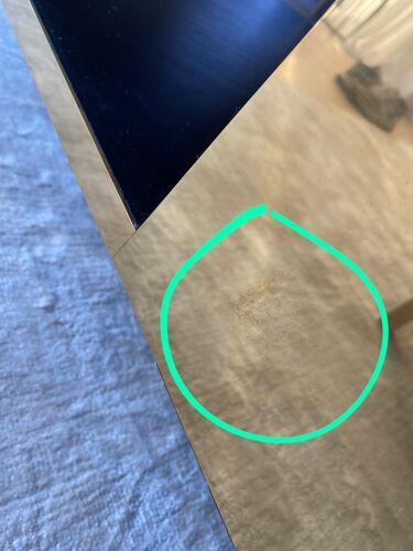 Table lounge large verre fumé et laiton