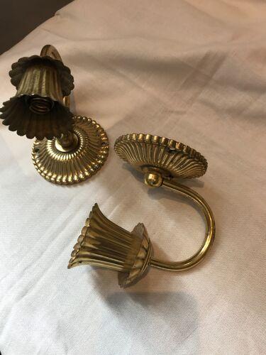 Paire d'appliques dorée