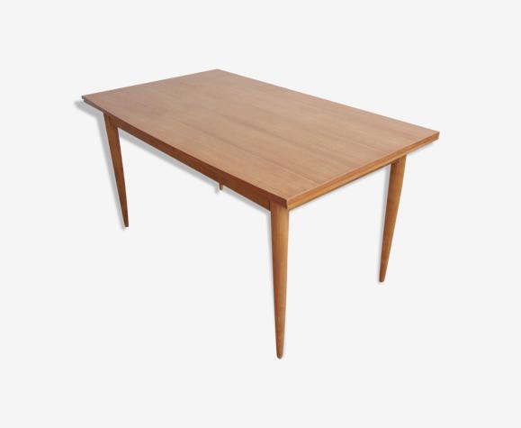 Table à manger de style scandinave extensible