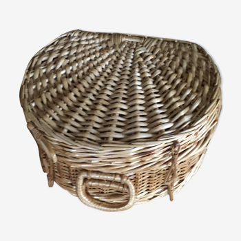 Wicker case