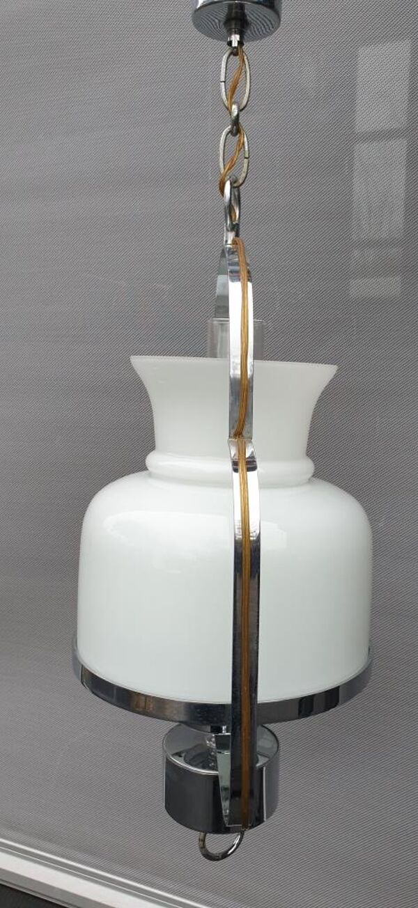 Lustre lanterne 1970 opaline et acier chromé