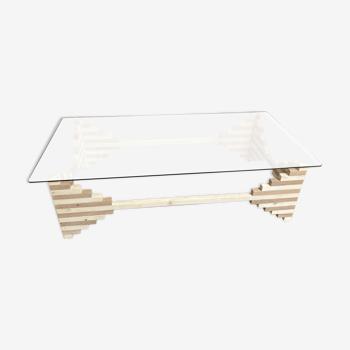 Table basse de designer en bois