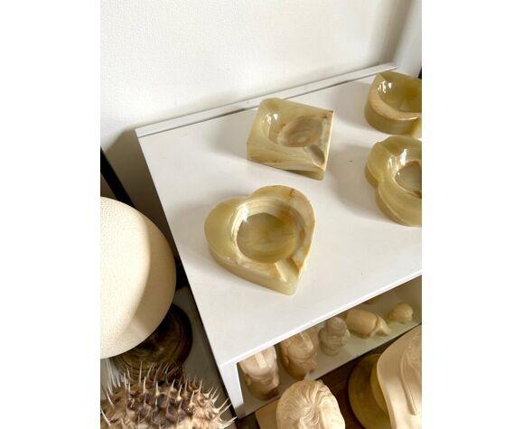 4 cendriers en pierre beige