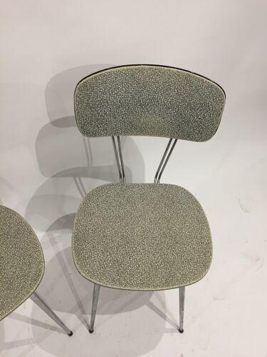 Paire de chaises années 60
