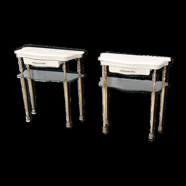 Selency Paire de tables de chevet laquées blanches avec des dessus en marbre et des étagères en verre, Italie