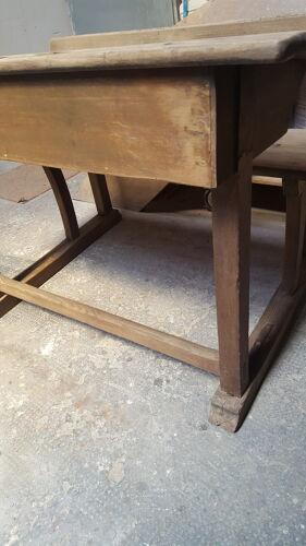 Table avec banc d'école d'époque