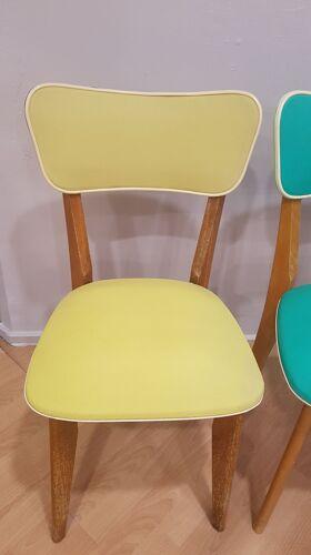Duo de chaises bicolores années 70