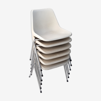 6 chaises Robin Day