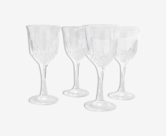 4 verres à pied ciselés