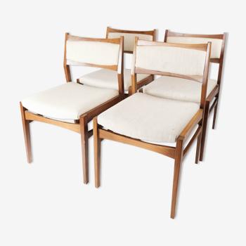 Ensemble de quatre chaises en teck de design danois, années 1960