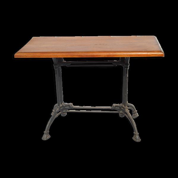 Selency Table de bistrot avec piètement en fonte et plateau en acajou