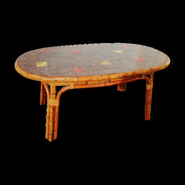 Table en rotin et céramique