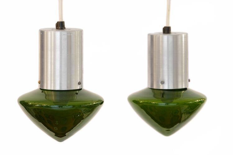 Paire de suspensions en verre vert Suède des années 1960