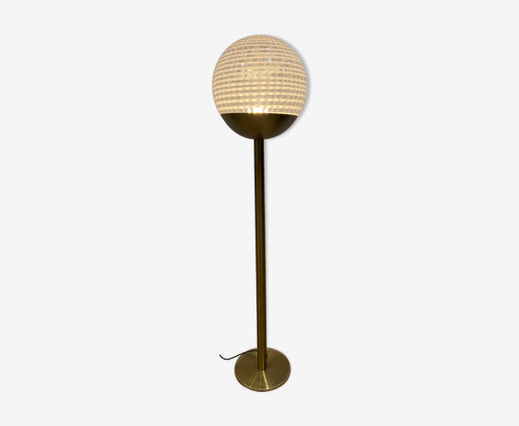 Lampadaire globe