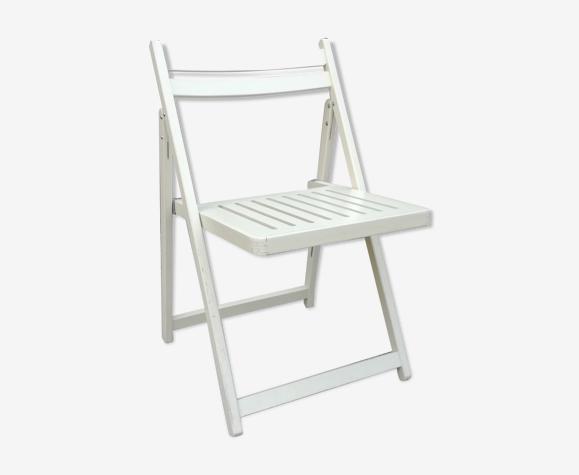 Chaise pliante blanche