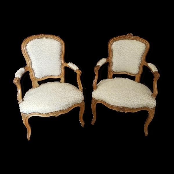 Paire de fauteuils cabriolet époque Louis XV