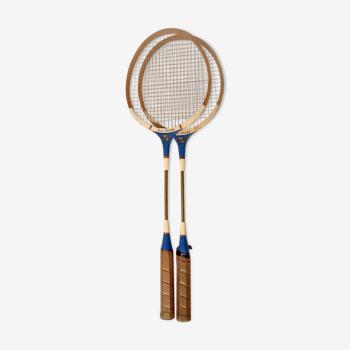 Paire de raquettes de badminton anciennes en bois