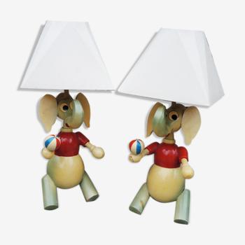 Lampes à poser en bois elephant pour enfant