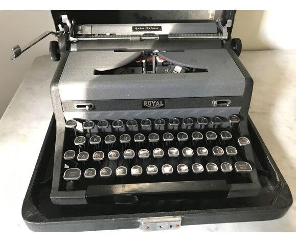 Machine à écrire Royal, circa 1940