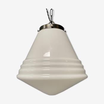 Lampe pendentif en verre opalin de Philips