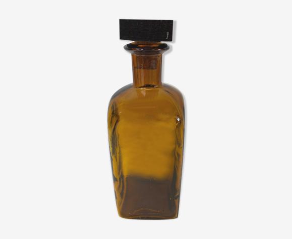Carafe en verre vintage ambrée