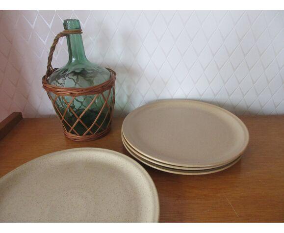 4  assiettes plates beiges Jars France