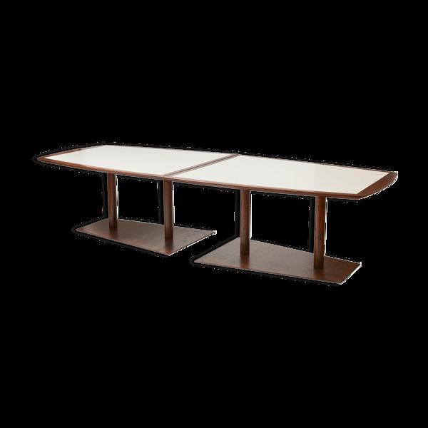 Table de conférence brutaliste en bois et acier
