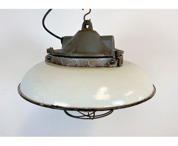 Suspension industrielle d'usine d'émail blanc en fonte années 50