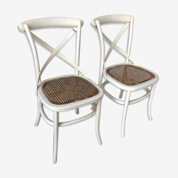 Paire de chaises en chêne et paille de Vienne modèle Tonga par Flamant