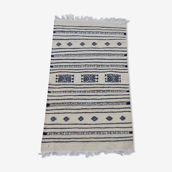 Tapis blanc et bleu traditionnel fait main Kilim 205x110cm