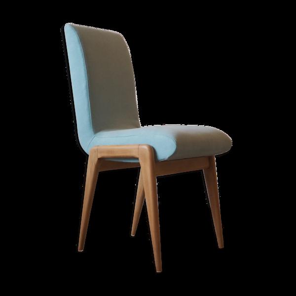 Chaise épurée style scandinave