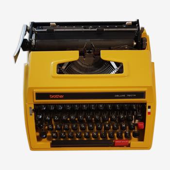 Machine a écrire vintage Brother Deluxe  760 TR