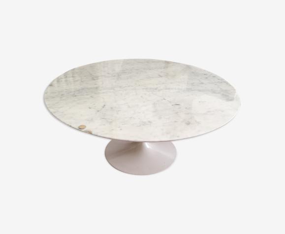 Table par Eero Saarinen pour Knoll 1960