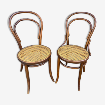 Paire de chaises bistrot Viennoise Thonet en bois courbé