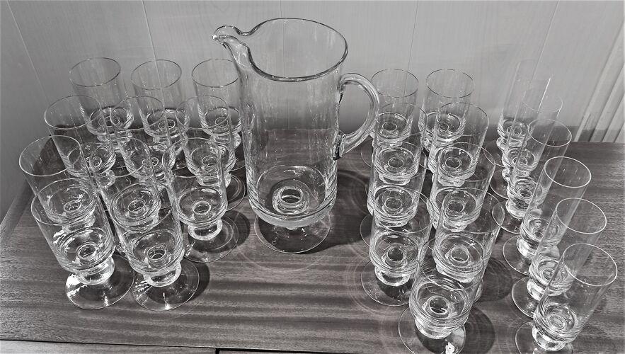 Service 26 verres avec carafe cristal années 70