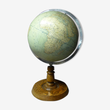 Terrestrial globe in the 1930s, Girard Barrère and Thomas