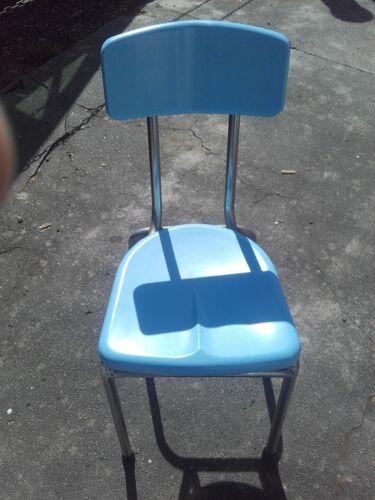 Lot de quatre chaises en plexi design signé Rex