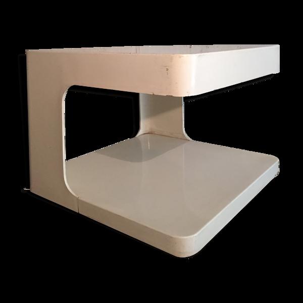 Selency Table présentoir de valeric doubroucinskis pour les éditions intexal rodier